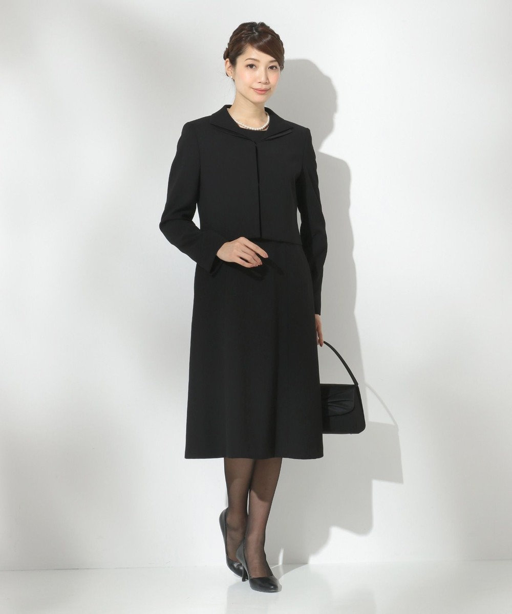 組曲 NOIR 【洗える/ストレッチ】バックサテンジョーゼット ジャケット+ワンピース ブラック系