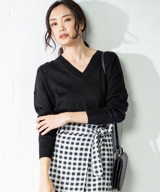 ICB 【洗える】Pure Linen Vネック ニット ブラック系8