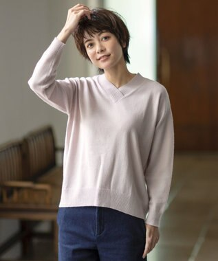 J.PRESS LADIES 【WEB限定色あり】洗えるカシミヤブレンド Vネック ニット ピンク系