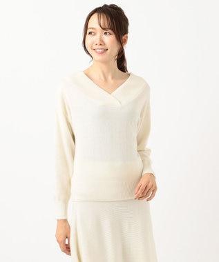 組曲 L 【洗える】ソフトウールカシミヤ Vネックニット ホワイト系
