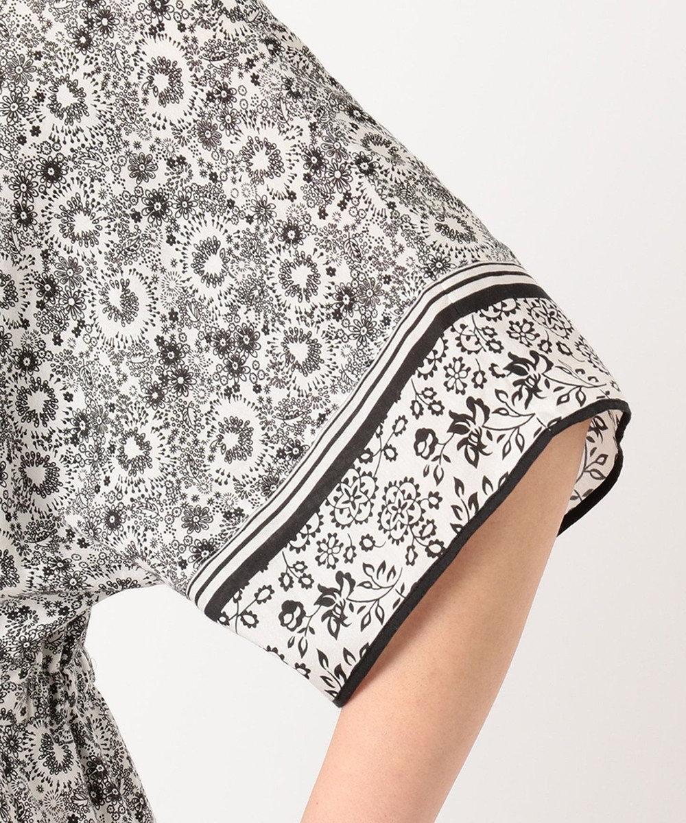 23区 S 【洗える】スカーフパネルプリントワンピース ホワイト系1