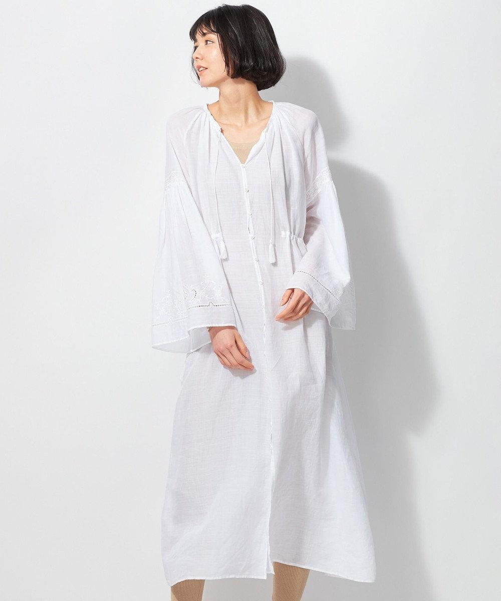23区 【洗える】エンブロイダリーラミーワンピース ホワイト系