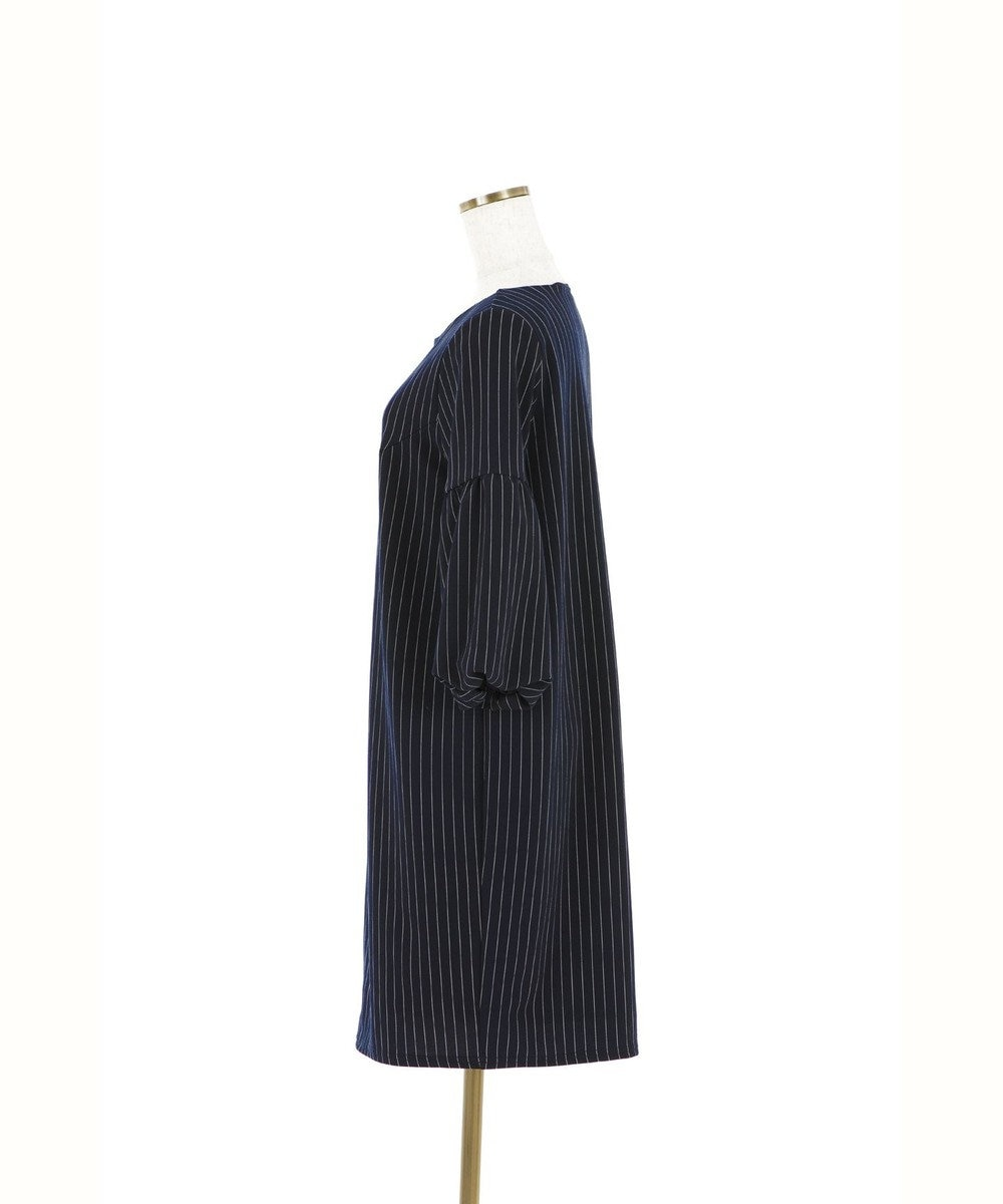 Tiaclasse ふんわりバルーン袖のストライプ柄ワンピース ネイビー