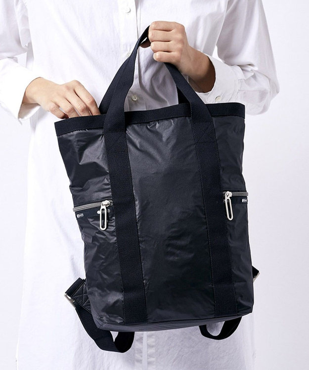 LeSportsac DOWNTOWN BACKPACK/トゥルーブラックC