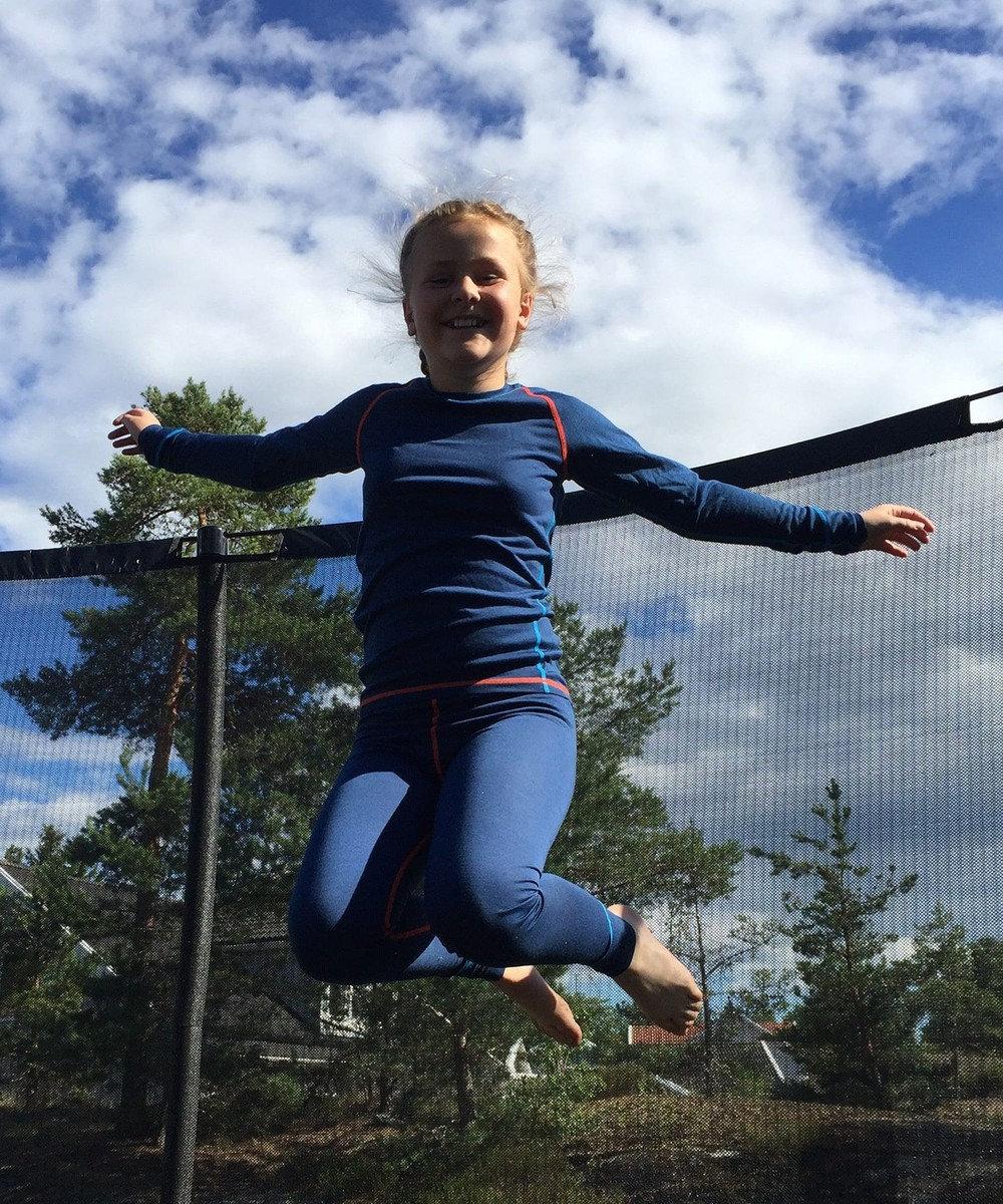 PeakPerformance ISBJORN【ウールと化繊混紡のスポーツ肌着】ハスキーセータージュニア GlacierGr