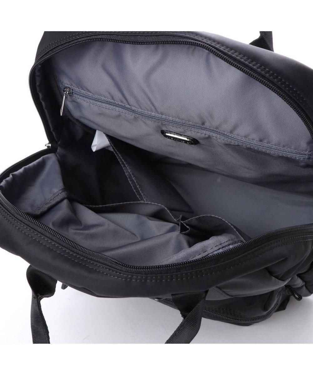 LA BAGAGERIE 10ポケット持ち手付きリュック ブラック