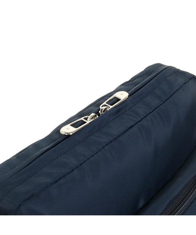 ACE BAGS & LUGGAGE ≪ace./エース≫ オウストル タテ型ショルダーバッグ A4サイズ対応 7リ