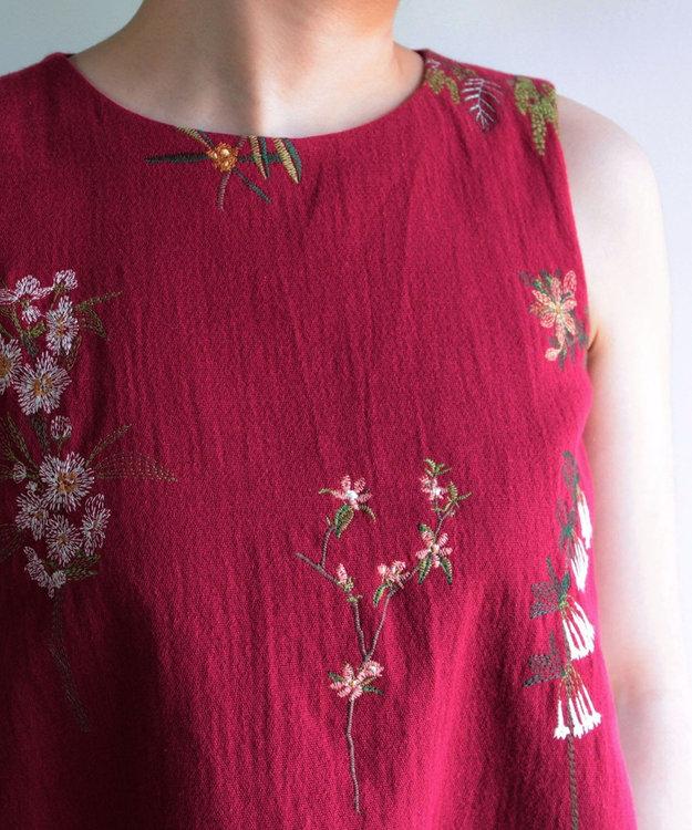 muuc 果実花刺繍のノースリーブトップス