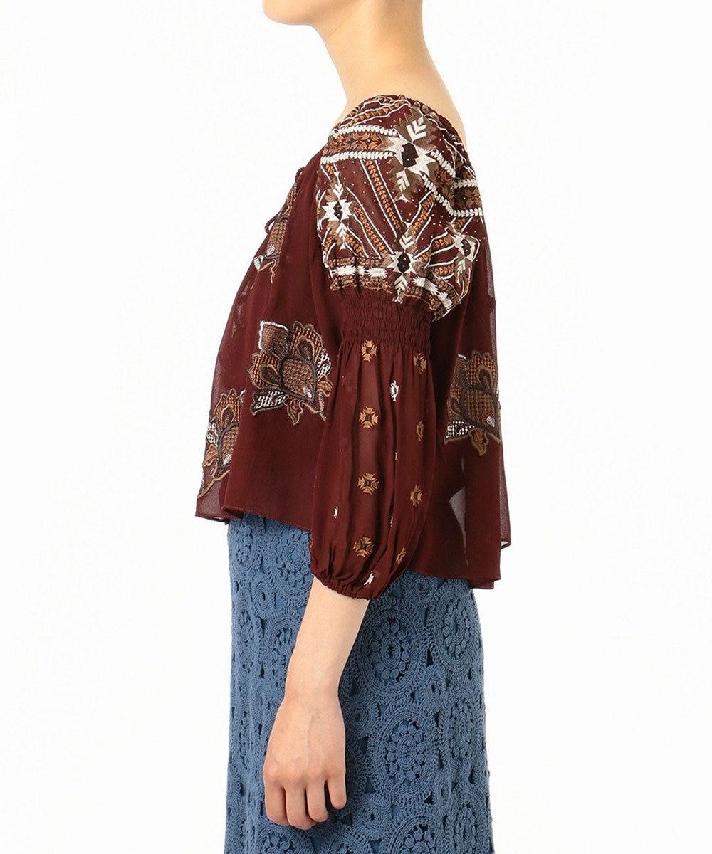 GRACE CONTINENTAL エスニック刺繍トップ ボルドー