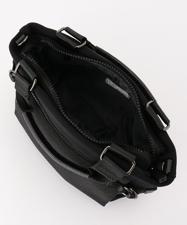 SAC 手触りなめらか キラキラ素材 2WAYハンドバッグ  Sactave ブラック