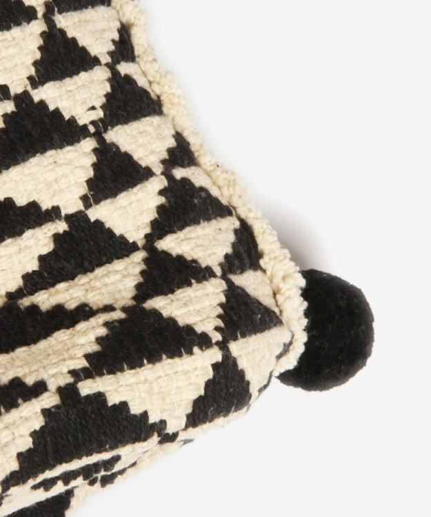 WYTHE CHARM 手織りジャガードショルダーバッグ(トライアングル柄)