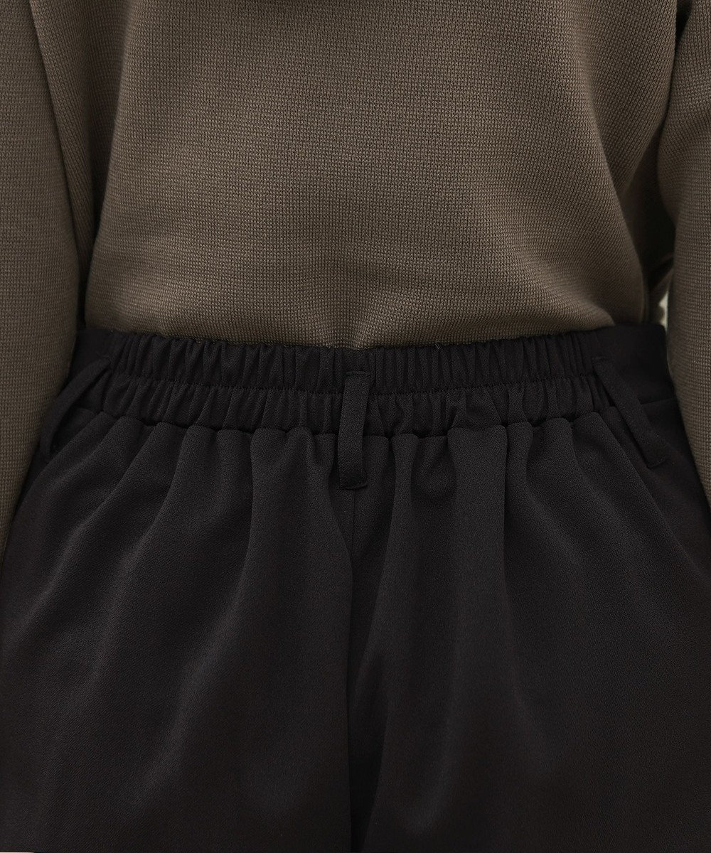 Tiaclasse 【洗える.・ストレッチ】伸縮性抜群のカットジョーゼットテーパードパンツ ブラック
