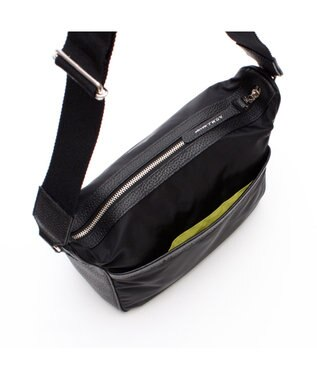 A.D.M.J. リモンタナイロン 25cm SHOULDER BAG BLACK