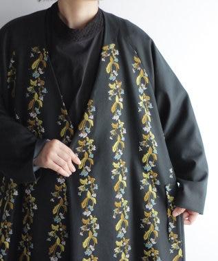 muuc 撫菜刺繍のコート グリーン