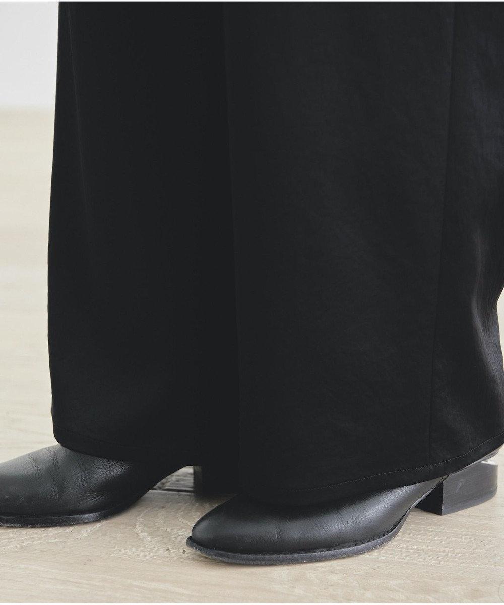 #Newans 【マガジン掲載】洗える/ ストレッチサテンストレートパンツ スモーキーグリーン系