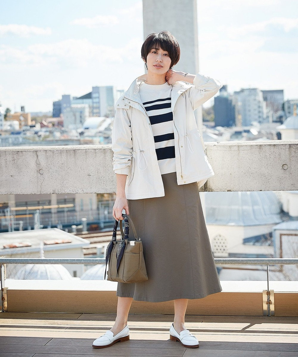 J.PRESS LADIES エキゾチックフラワー剣先 スカーフ ネイビー系5