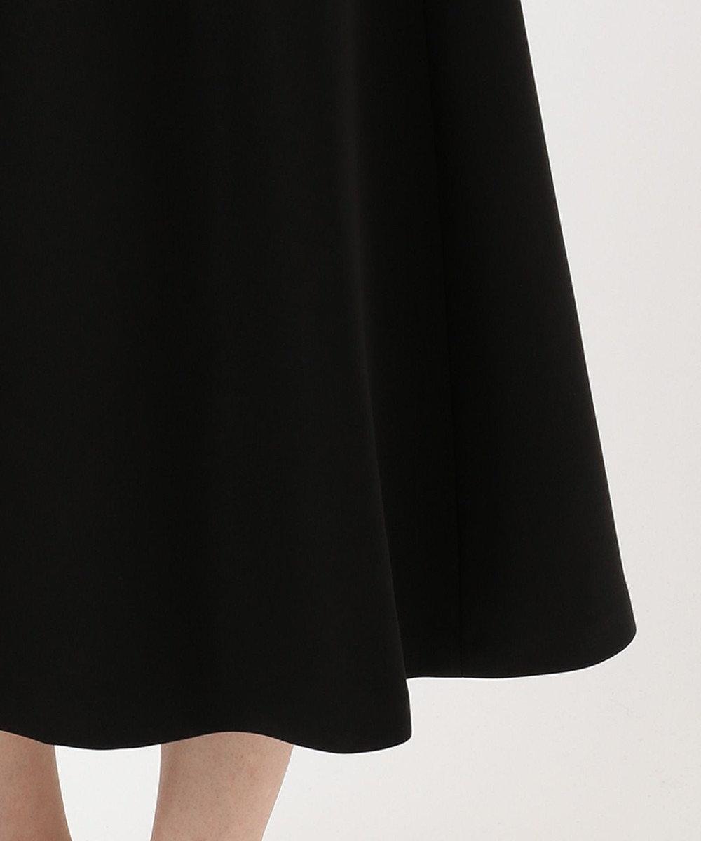 23区 ハイフォルムダブルサテン フレアスカート ブラック系