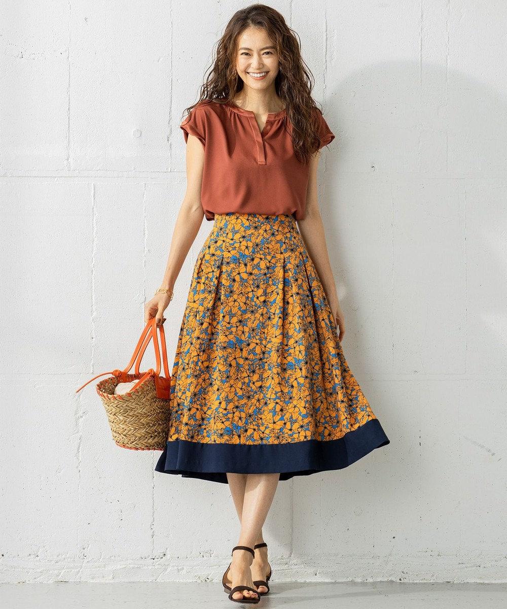 組曲 【洗える】バックサテンジョーゼット フラワープリント フレアスカート ブルー系5