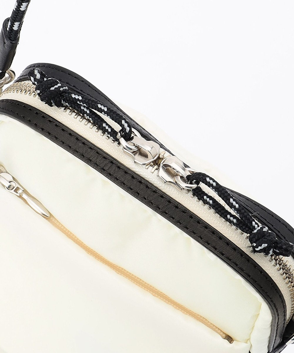 自由区 【UNFILO/撥水 】抗菌防臭ポケット付き サコッシュ ポシェット ミニ アイボリー系