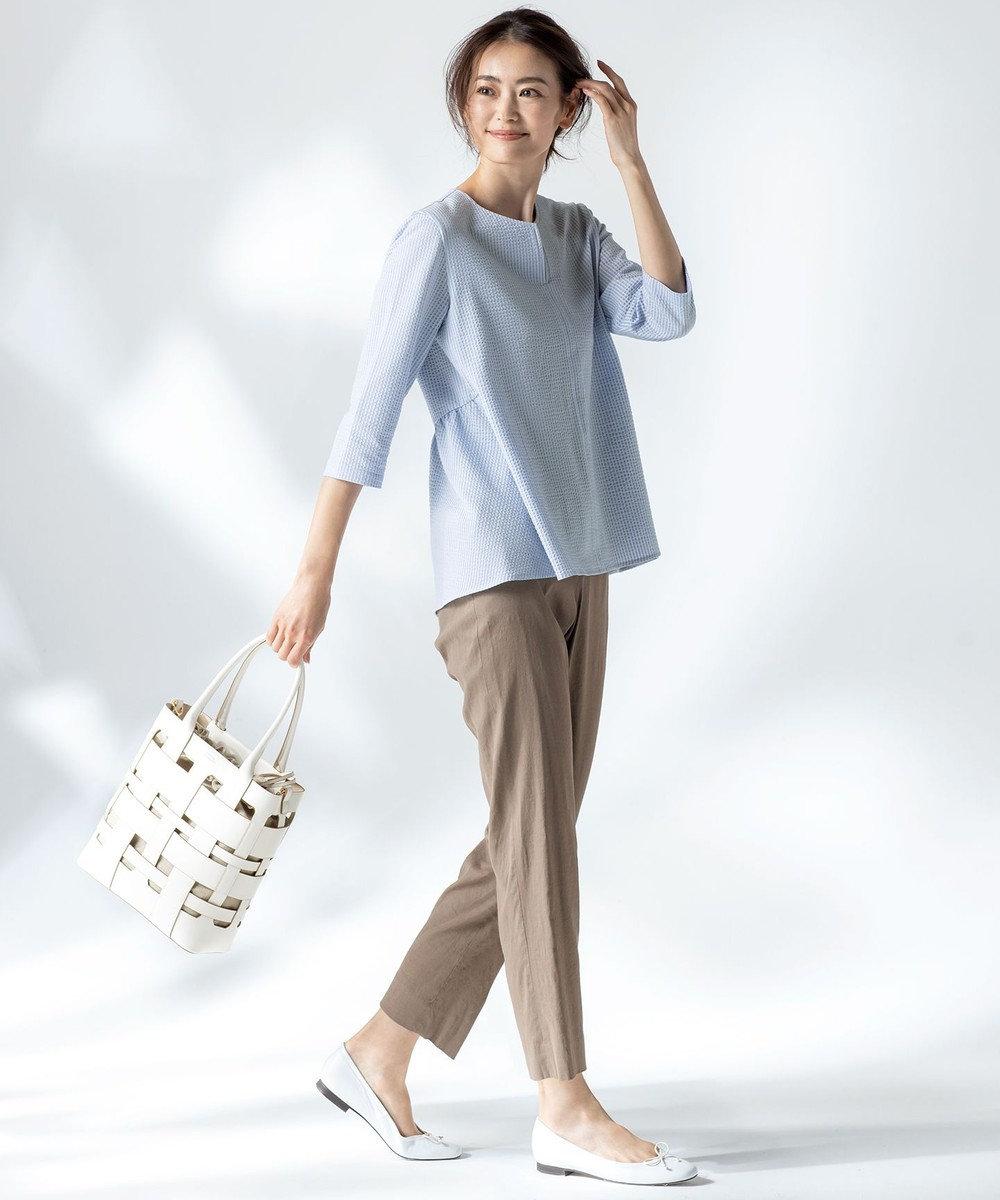 23区 L 【中村アンさん着用】リネンビスコーステーパード パンツ(番号H52) カーキ系
