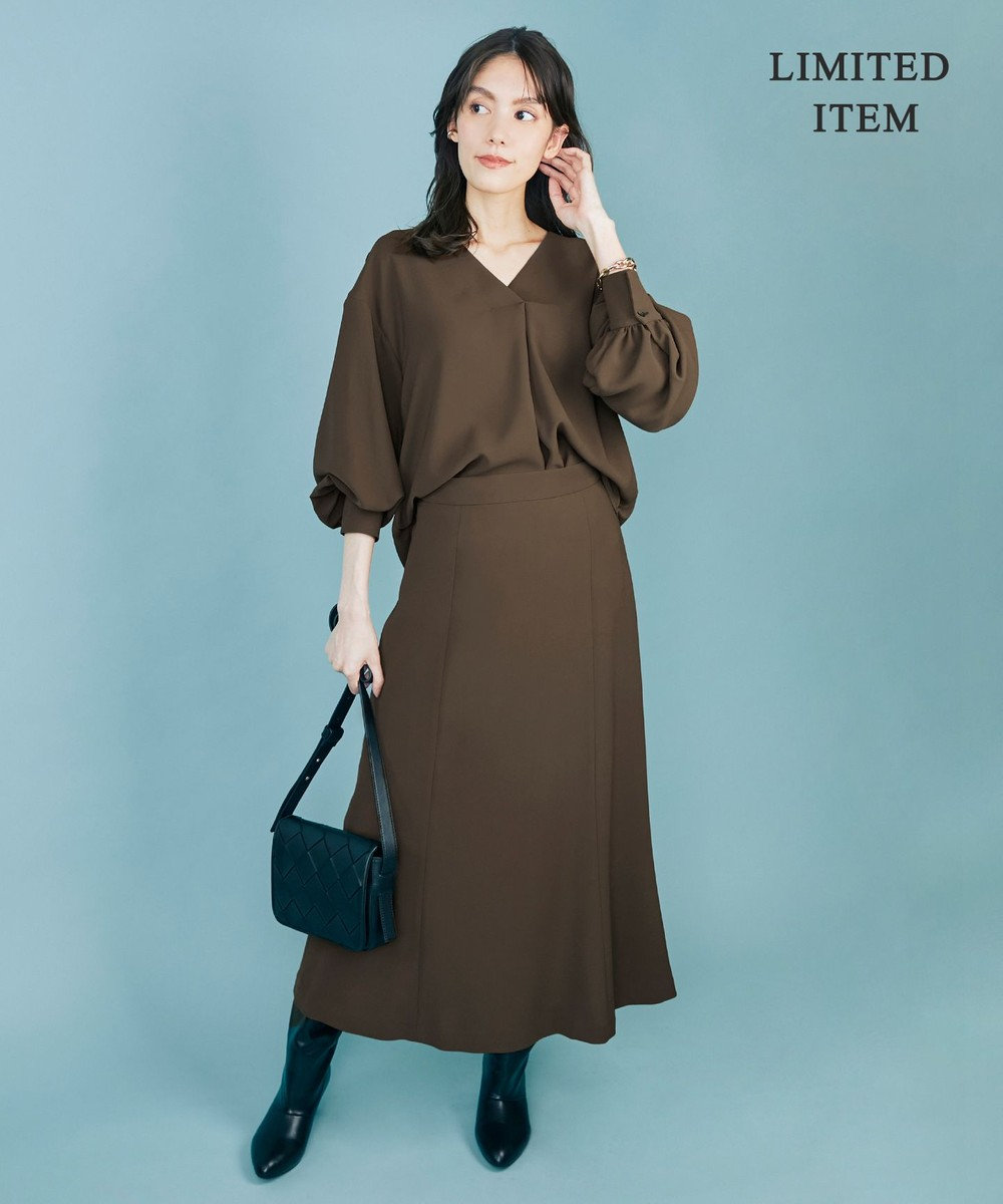 ICB 【WEB限定】バックサテンジョーゼット ブラウス×スカートセット モカ系