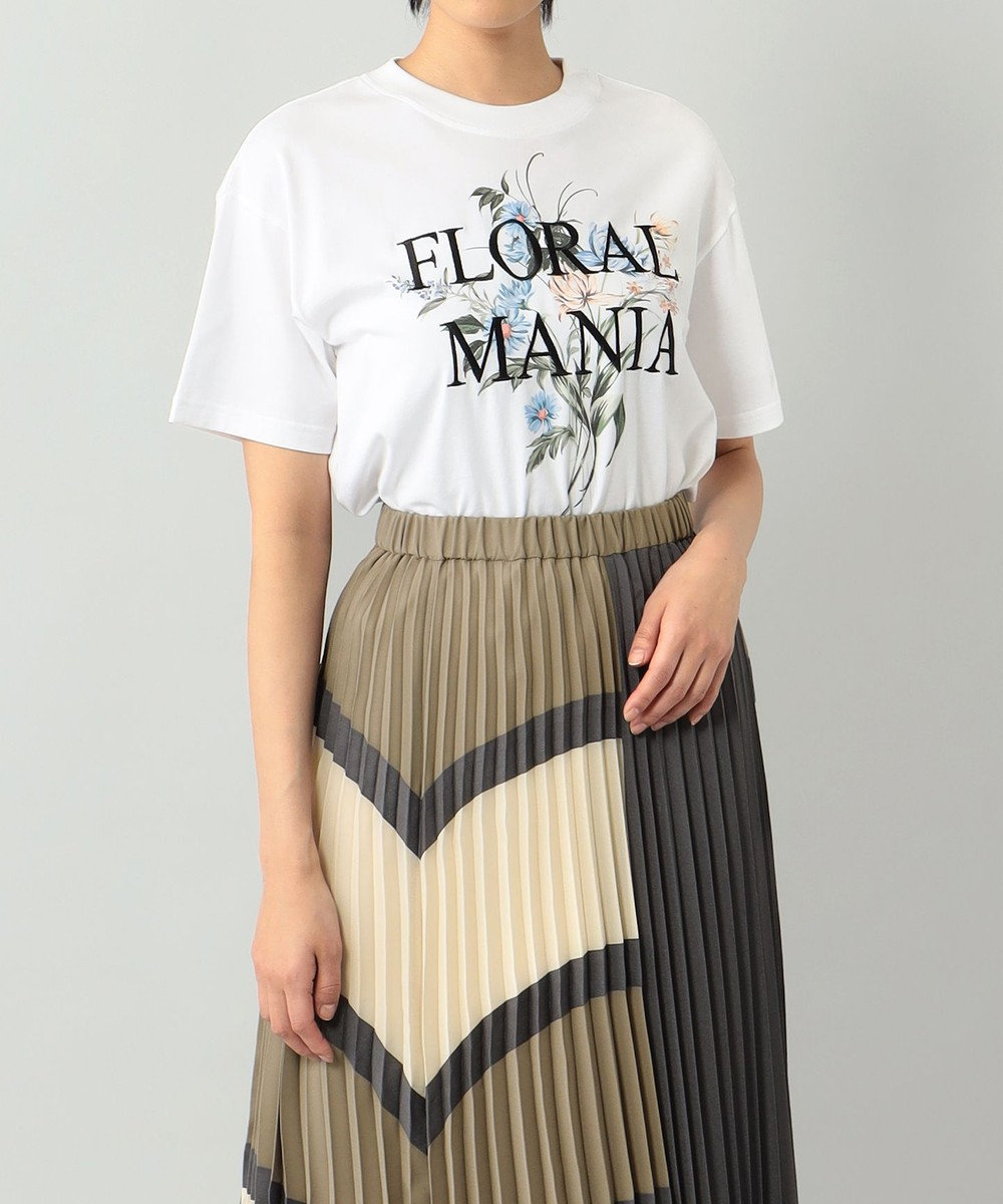 GRACE CONTINENTAL フラワープリントTシャツ ホワイト