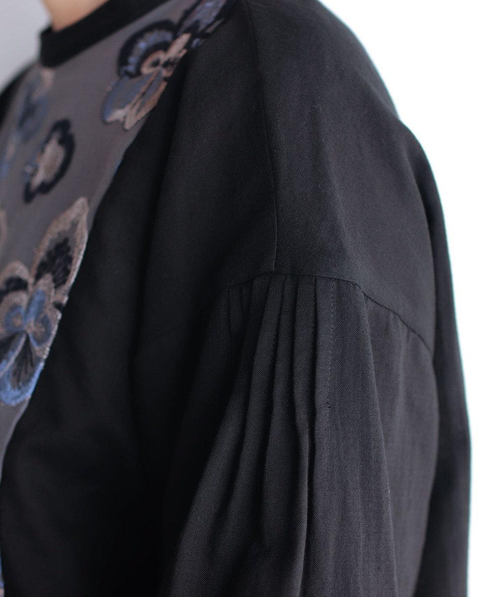 muuc ビオラ刺繍切替のプルオーバーブラウス ブラック