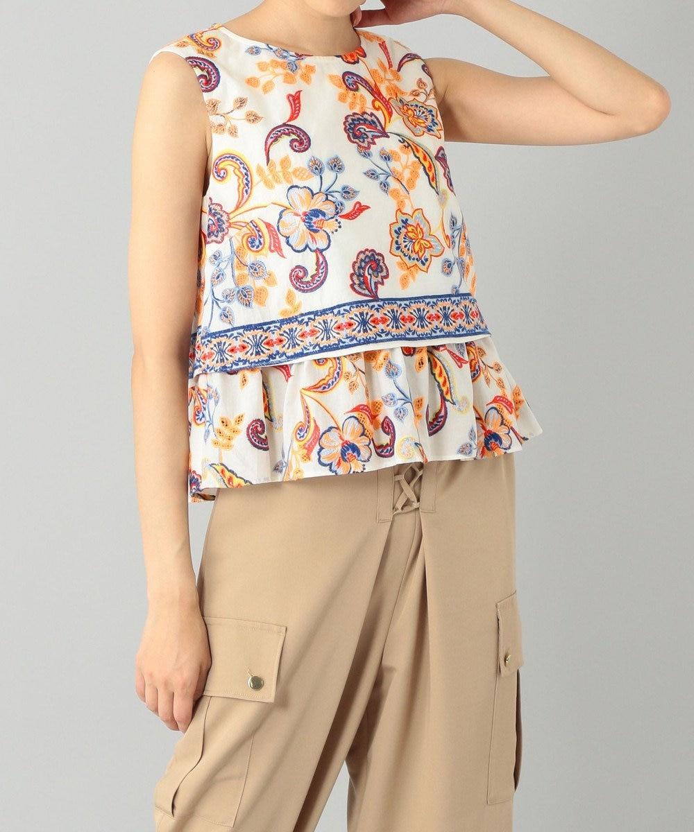 GRACE CONTINENTAL サラサフラワー刺繍トップ キナリ