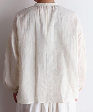 muuc ビオラ刺繍切替のプルオーバーブラウス オフホワイト