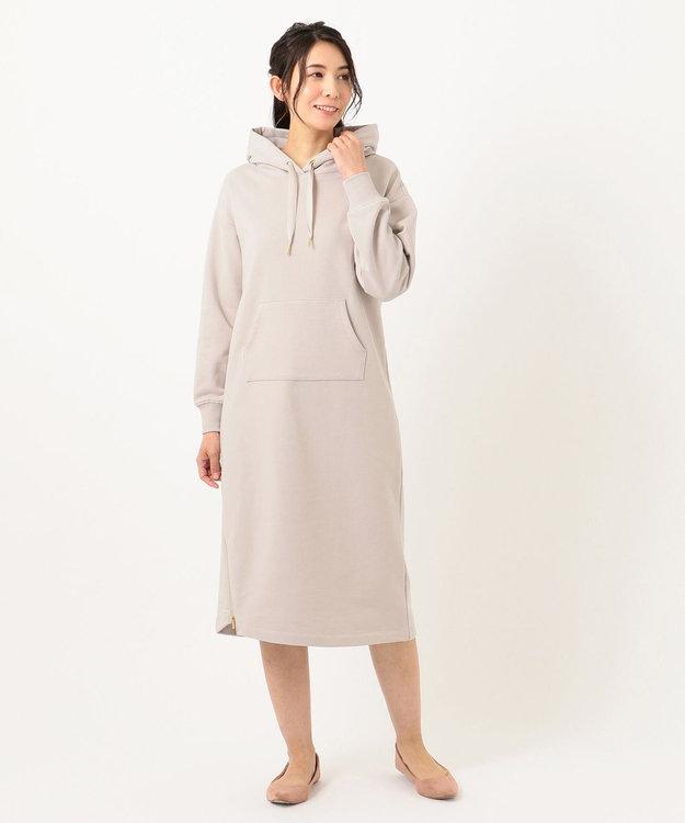 Feroux 【洗える】ジップスリットフェミニン裏毛 パーカーワンピース