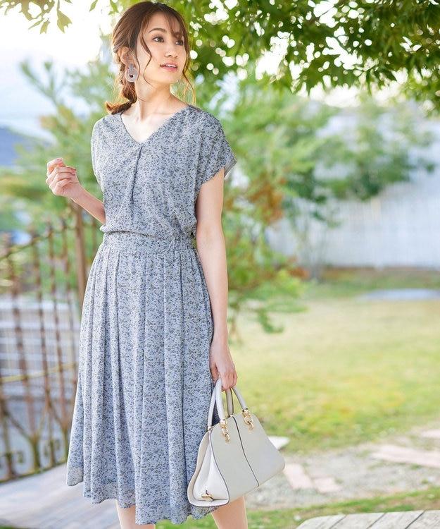 Tiaclasse 【洗える】程良い透け感のシフォン花柄フレンチワンピース