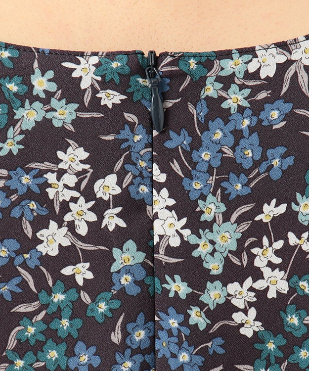 J.PRESS LADIES L 【洗える】Wild-Blossoms.Mamie ノーカラー ブラウス